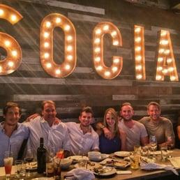 Social 1428 fotos y 818 rese as cocina norteamericana for Coste cocina nueva