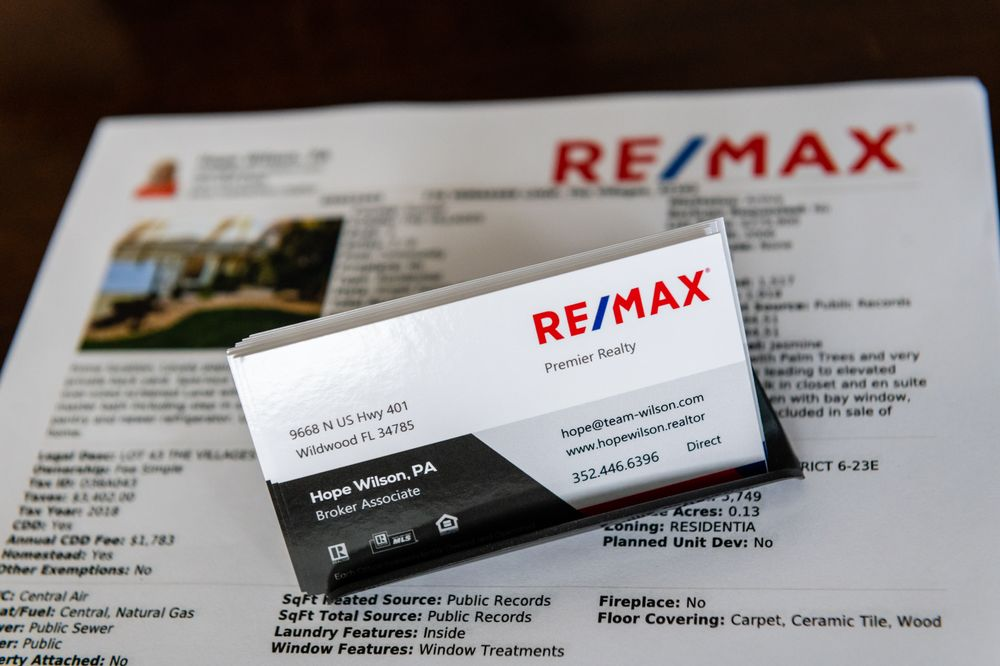 Hope Wilson-RE/MAX Premier Realty: 9668 N US Hwy 301, Wildwood, FL