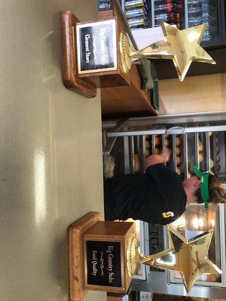 Subway Restaurants: 1333 US Hwy 283 N., Baird, TX