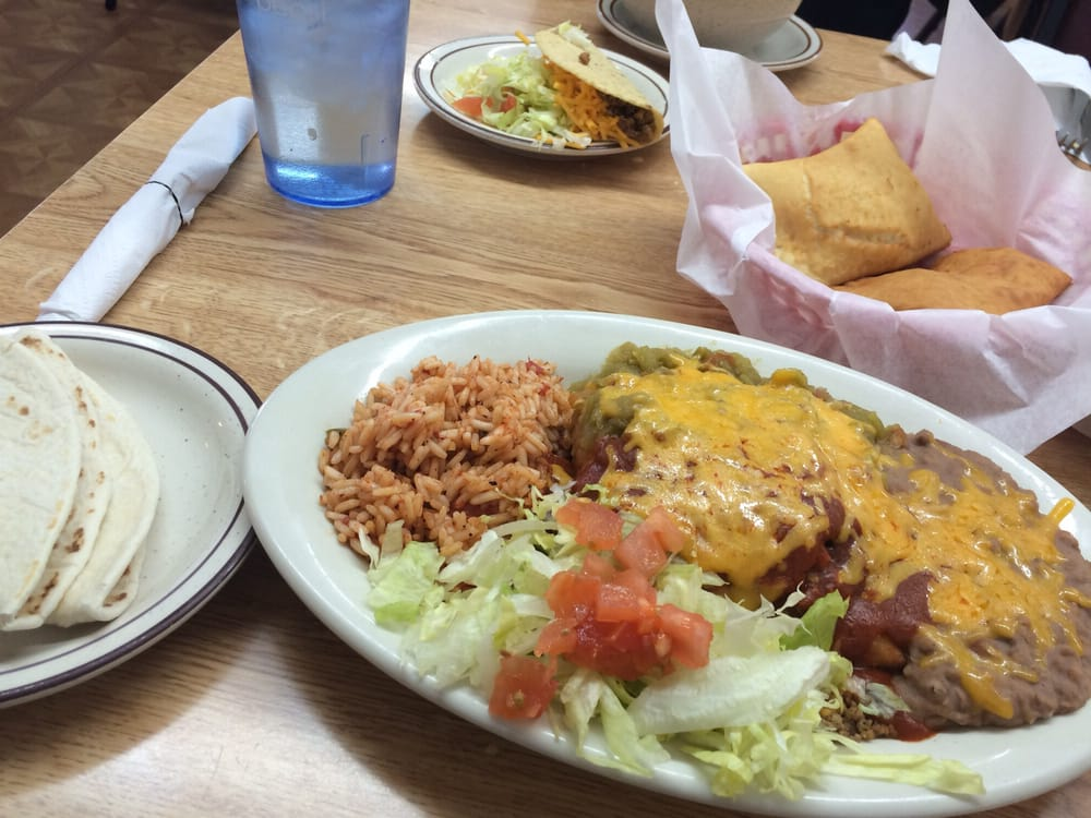 Rita's New Mexican Restaurant: 528 Becker Ave, Belen, NM