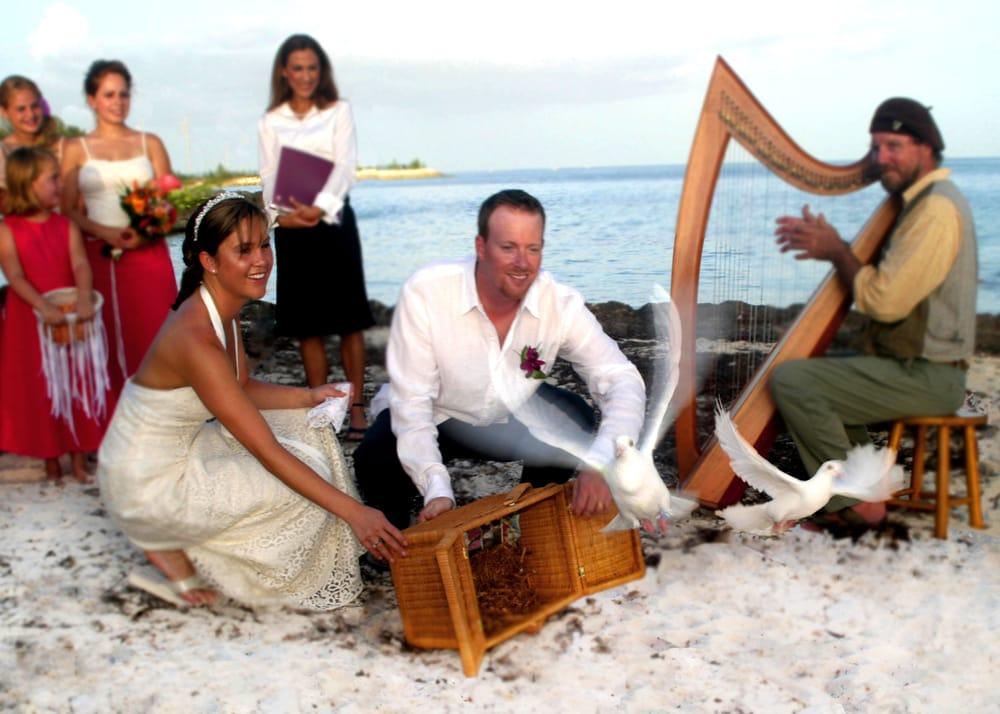 southernmost bride demander un devis wedding planner key west fl tats unis num ro de. Black Bedroom Furniture Sets. Home Design Ideas
