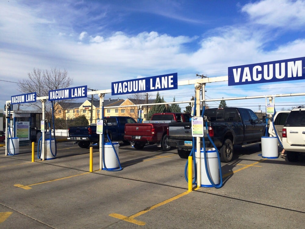 Fast Car Wash: 1101 10th Ave S, Great Falls, MT
