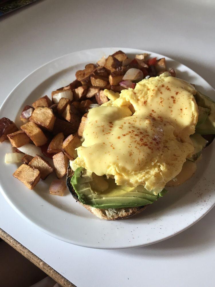 Hillbillies Restaurant: 55 E Hwy 4, Murphys, CA