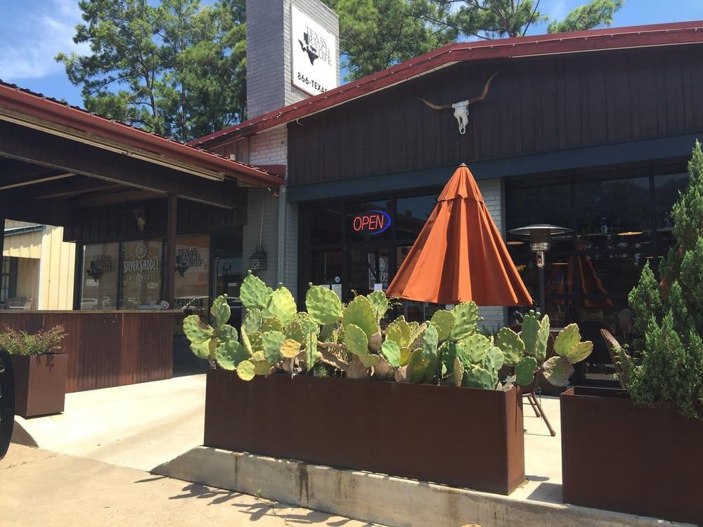 Silver Saddle Smokehouse: 312 E Main St, Bellville, TX