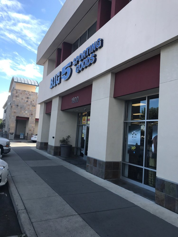 Big 5 Sporting Goods: 1600 W Campbell Ave, Campbell, CA