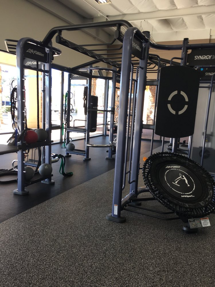 Fitness 19: 1281 E Los Angeles Ave, Simi Valley, CA