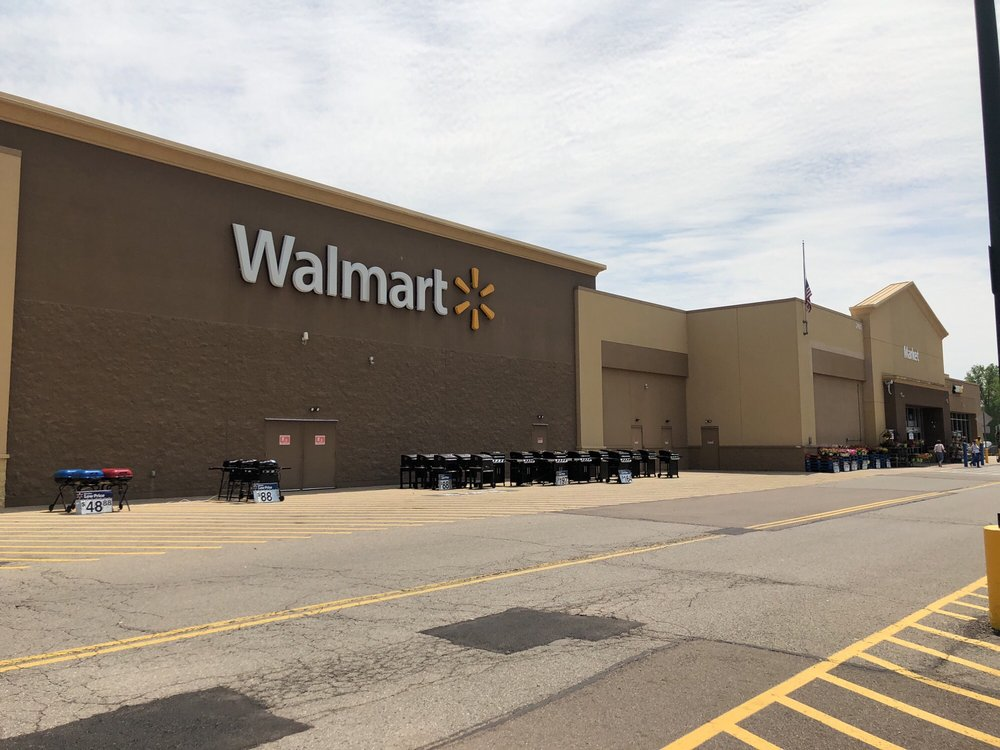 Walmart Supercenter: 2485 Possum Run Rd, Mansfield, OH