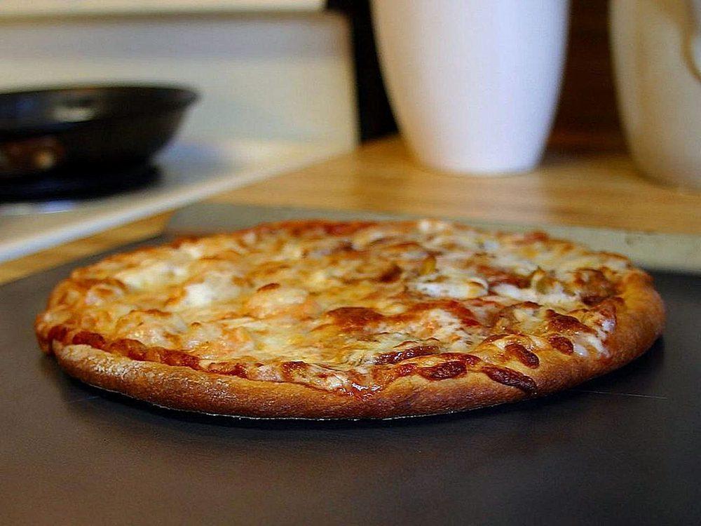 Serrianni Pizzeria: 2987 McIntyre Rd, Clune, PA
