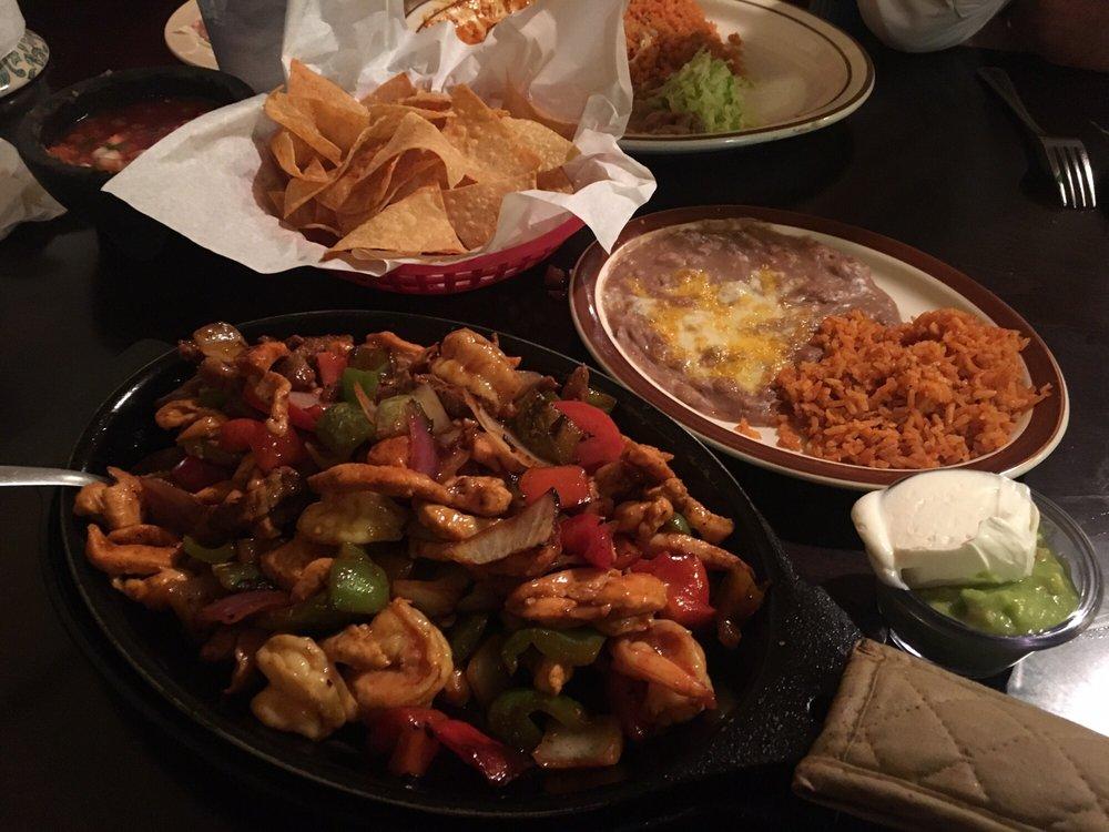 Casa Velasco Mexican Restaurant: 54311 Rd 432, Bass Lake, CA