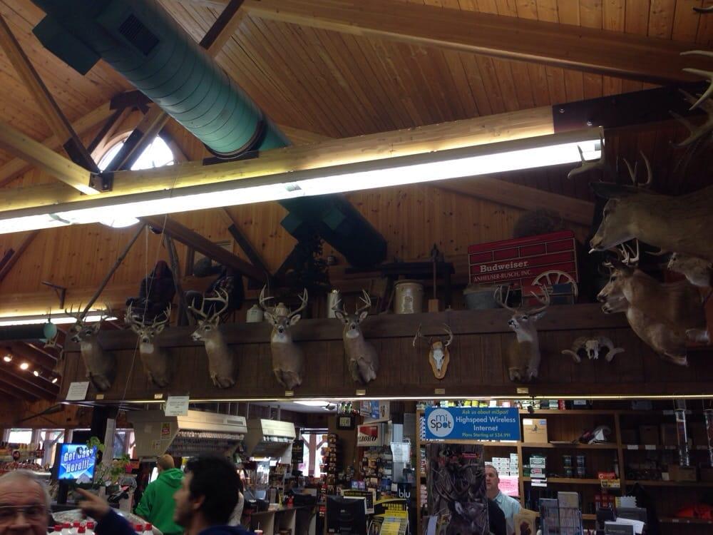 Saddle Up Gas & Grocery: 12991 Pleasanton Hwy, Bear Lake, MI