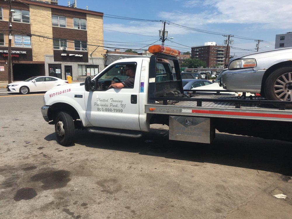 Towing business in Fairview, NJ