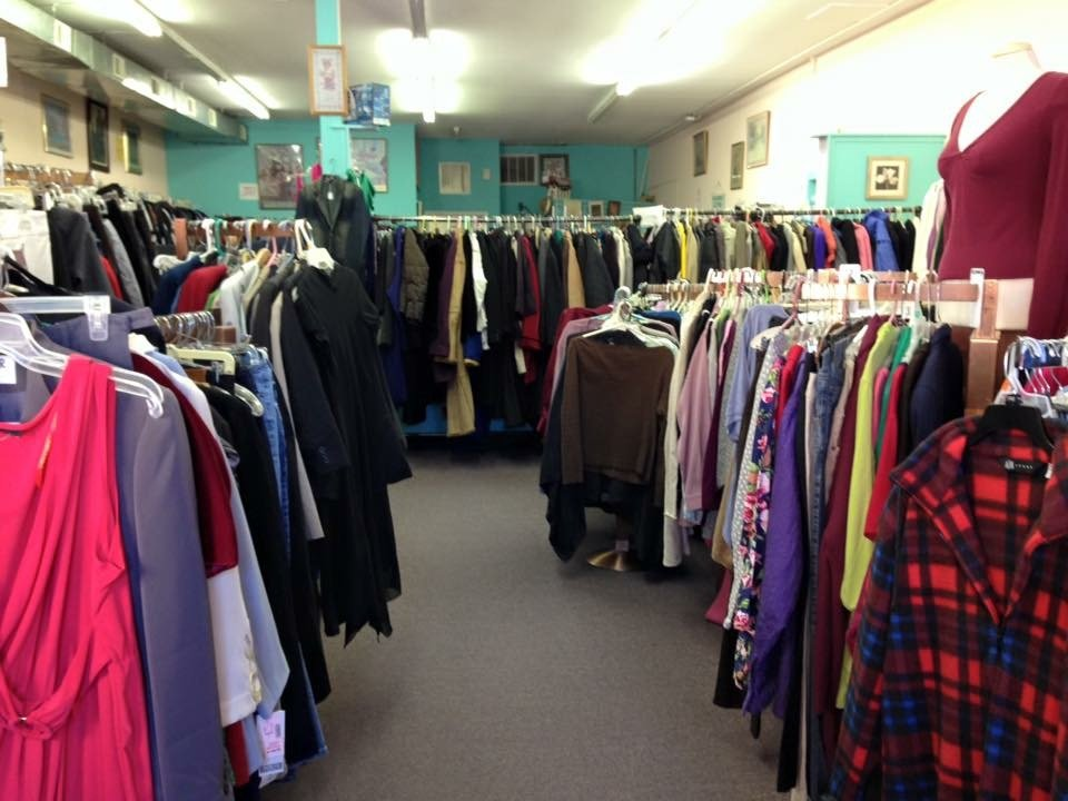 St Peters Thrift Shop: 47-49 Throckmorton St, Freehold, NJ