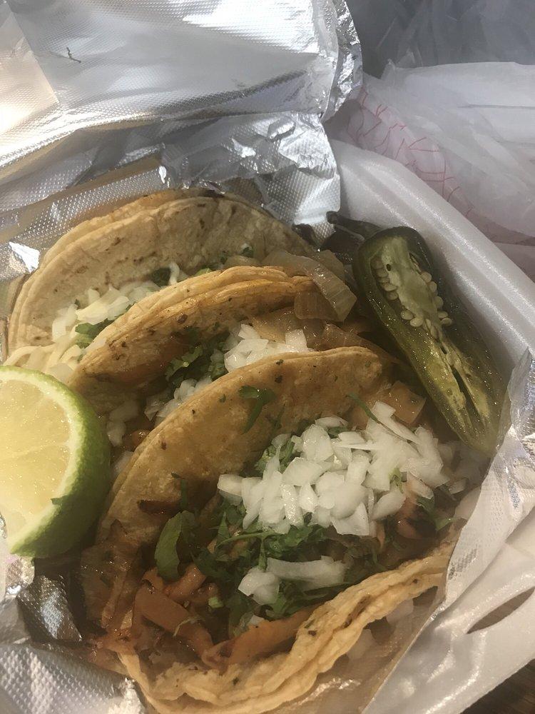 El Taco Veloz: 4614 2nd Ave, Detroit, MI