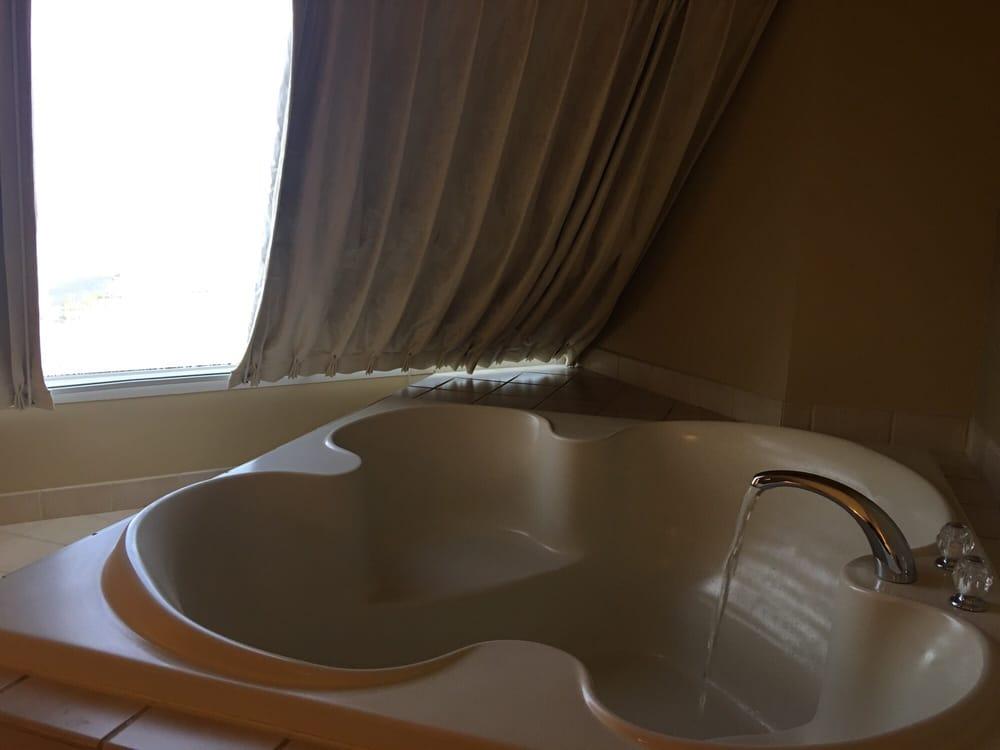 Luxor Spa Suite