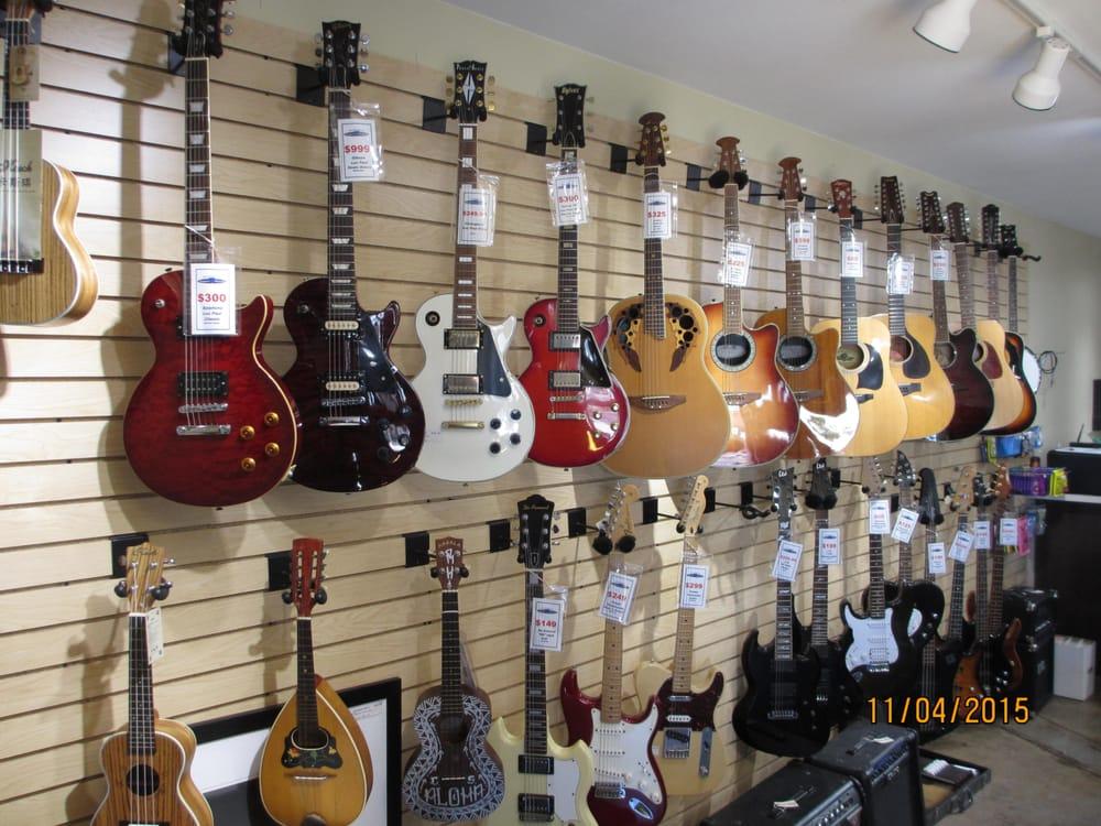 Beach City Pawn And Discount Guitar