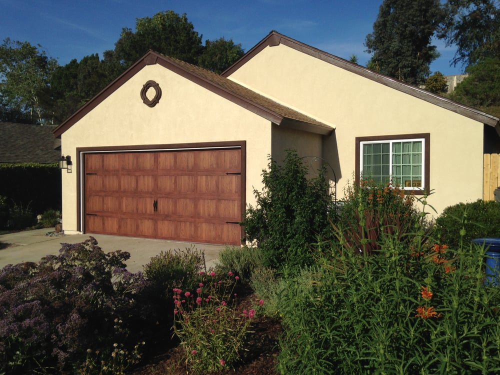 Cape cod with stucco beautiful best house on the block for Stucco garage