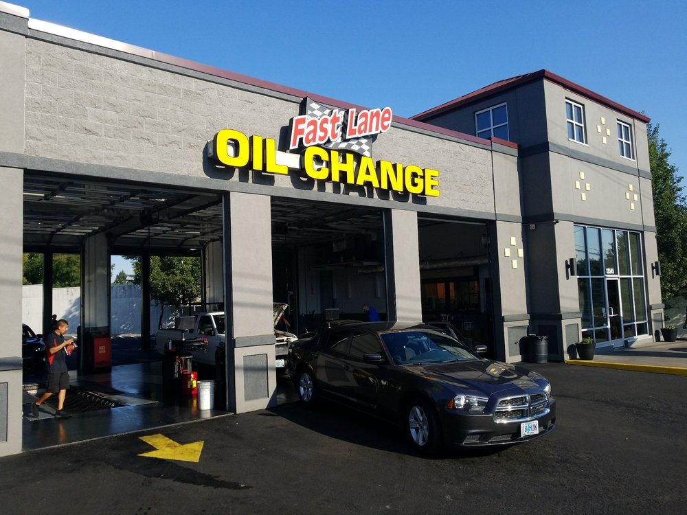 Fast Lane Oil Change: 13545 SW Pacific Hwy, Tigard, OR