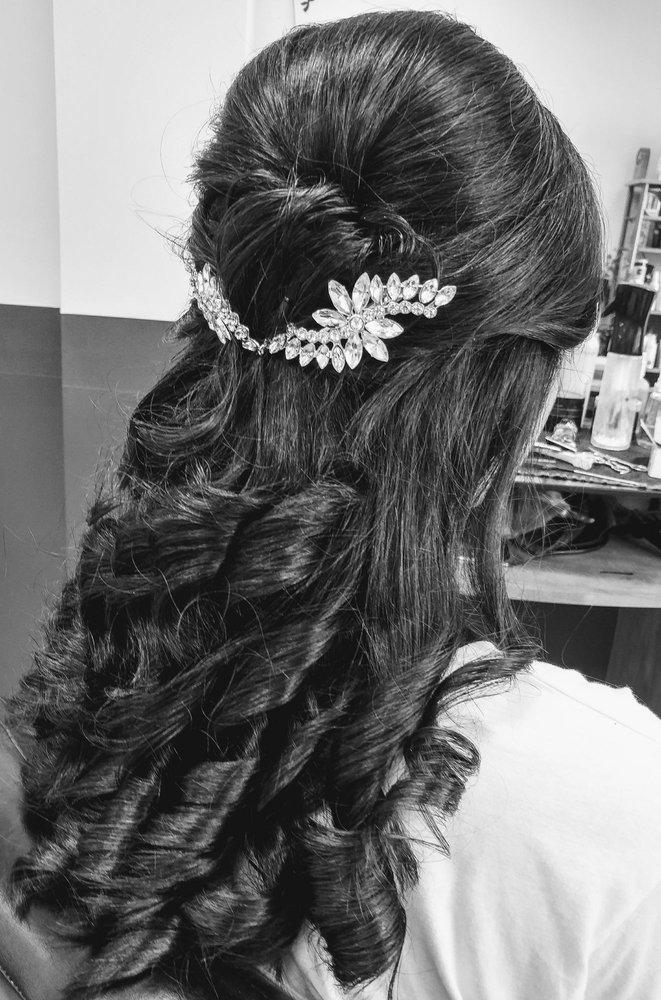 Priya's Hair Fashions