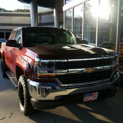 Serpentini Chevrolet Of Strongsville 21 Photos 37 Reviews Auto