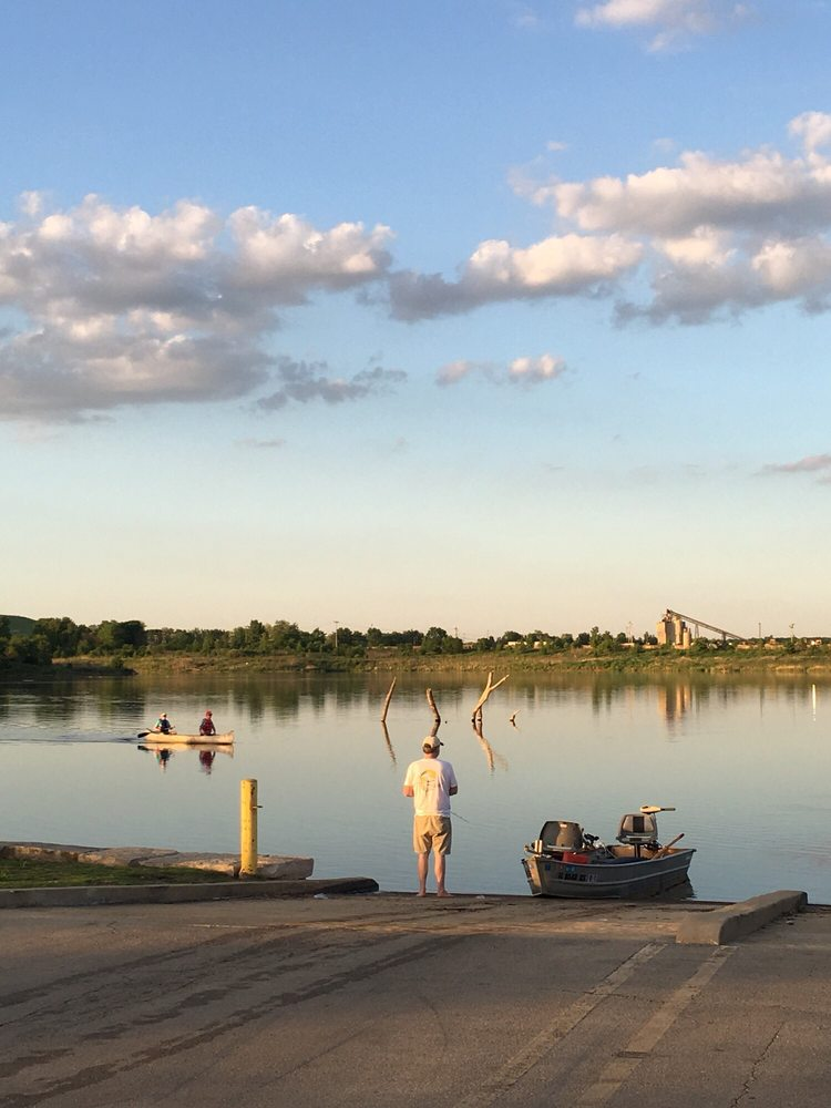 Whalon Lake: Royce Rd And Lisson Rd, Naperville, IL