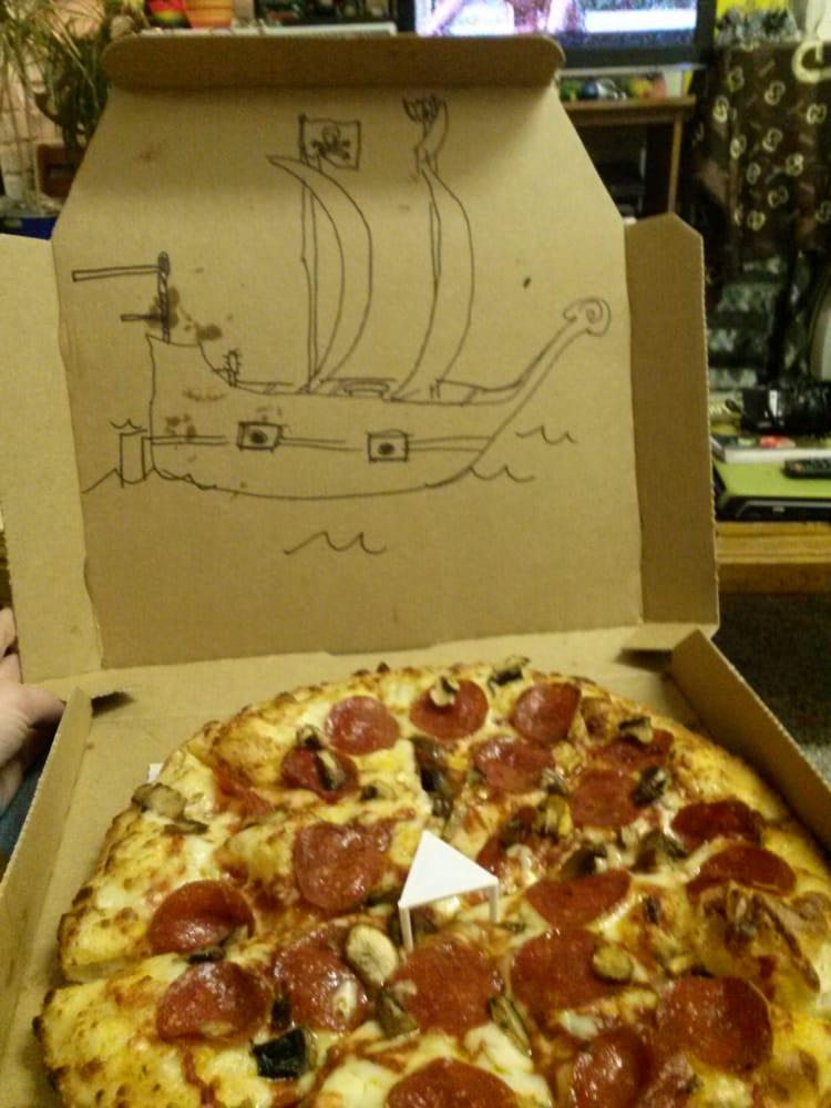 Domino's Pizza: 701 Paul Bunyan Dr NW, Bemidji, MN