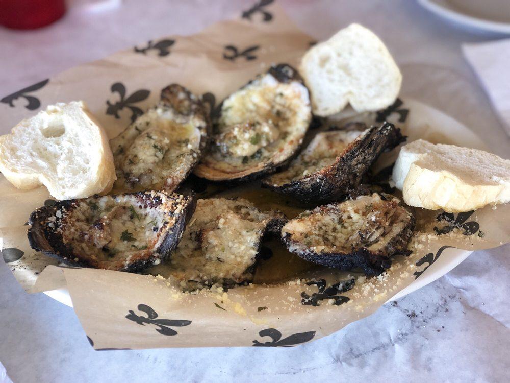 New Orleans Food and Spirits: 210 Metairie Hammond Hwy, Metairie, LA
