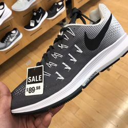 588bb52c55 The Finish Line - 26 Reviews - Shoe Stores - 2086 Newpark Mall ...
