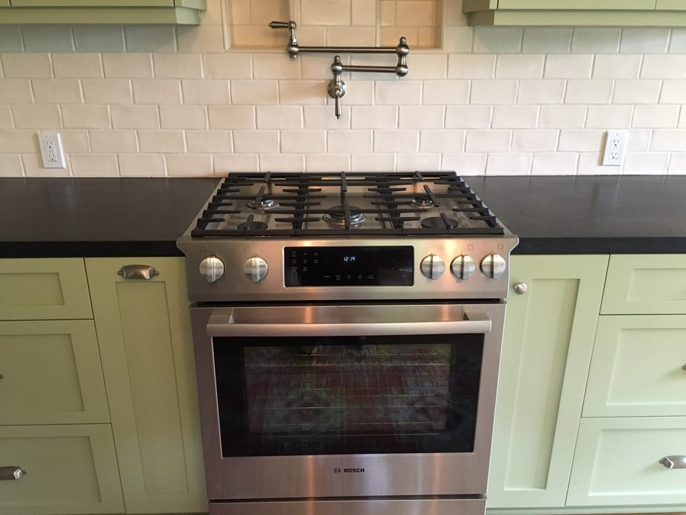 Slide In Stove Pot Filler Faucet And 2 Custom Niches For Garlic And