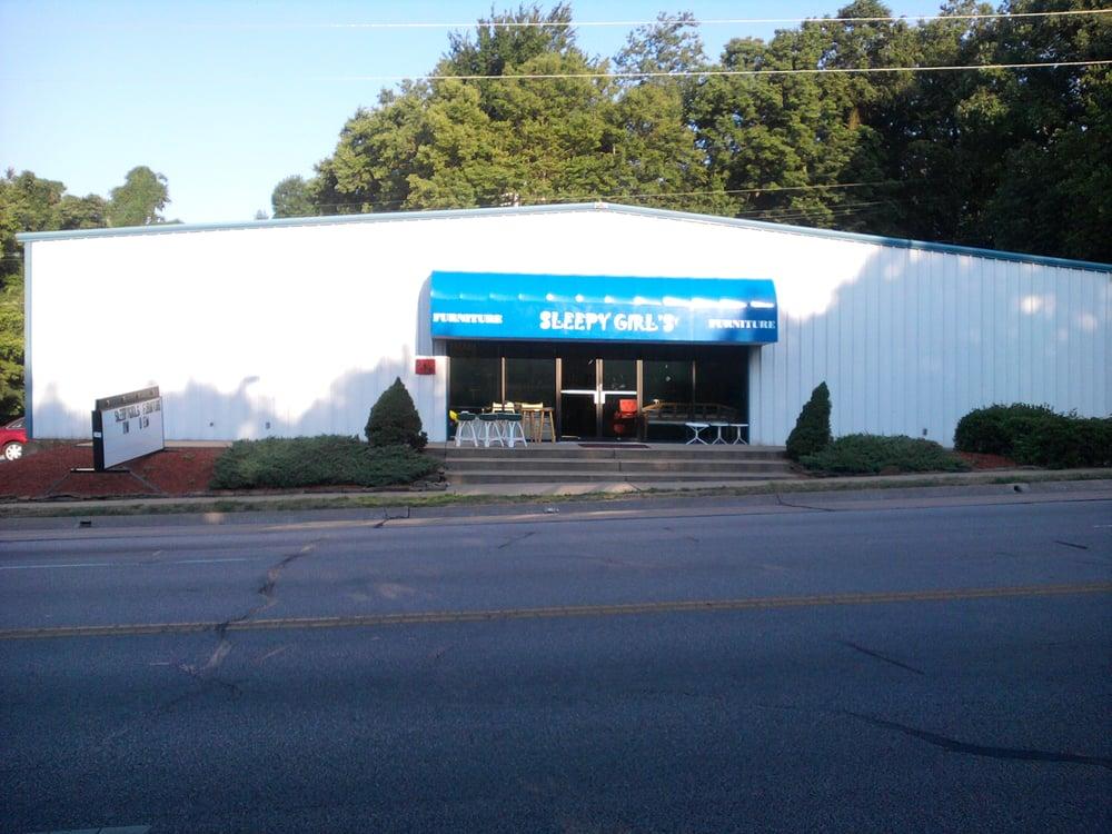 Sleepygirls Furniture & Books: 516 N Main St, Joplin, MO