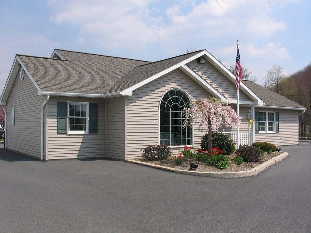 Schuylkill Dental Medicine: 42 E Sunbury St, Minersville, PA