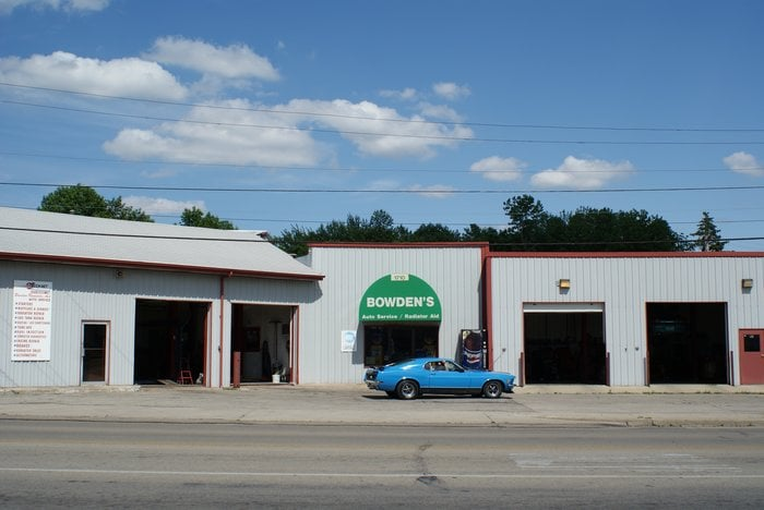 Bowden Auto Service: 1710 N Broadway Ave, Muncie, IN