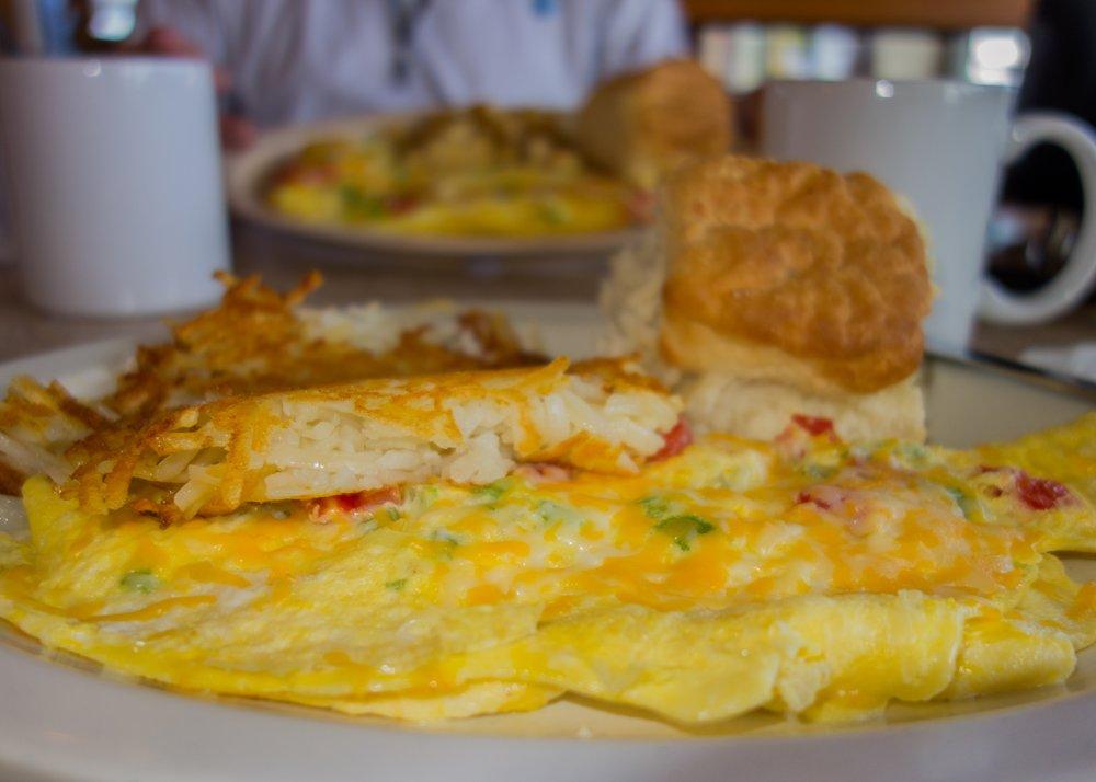 Crossroads Restaurant: 5050 NE 128th Ave, Okeechobee, FL