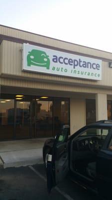 Acceptance Insurance Auto Insurance 5665 N Blackstone Ave