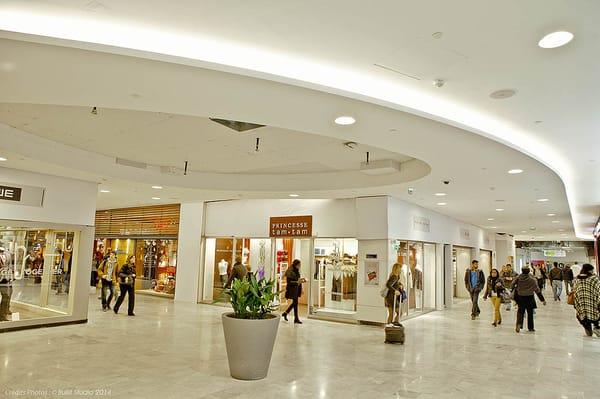 l 39 espace cr ateurs du forum des halles boutique paris. Black Bedroom Furniture Sets. Home Design Ideas