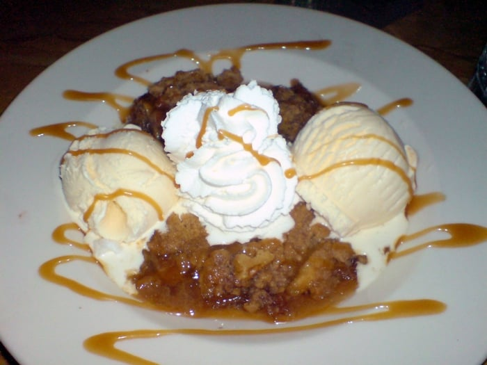 Photo Of The Cheesecake Factory Palo Alto Ca United States Warm Apple