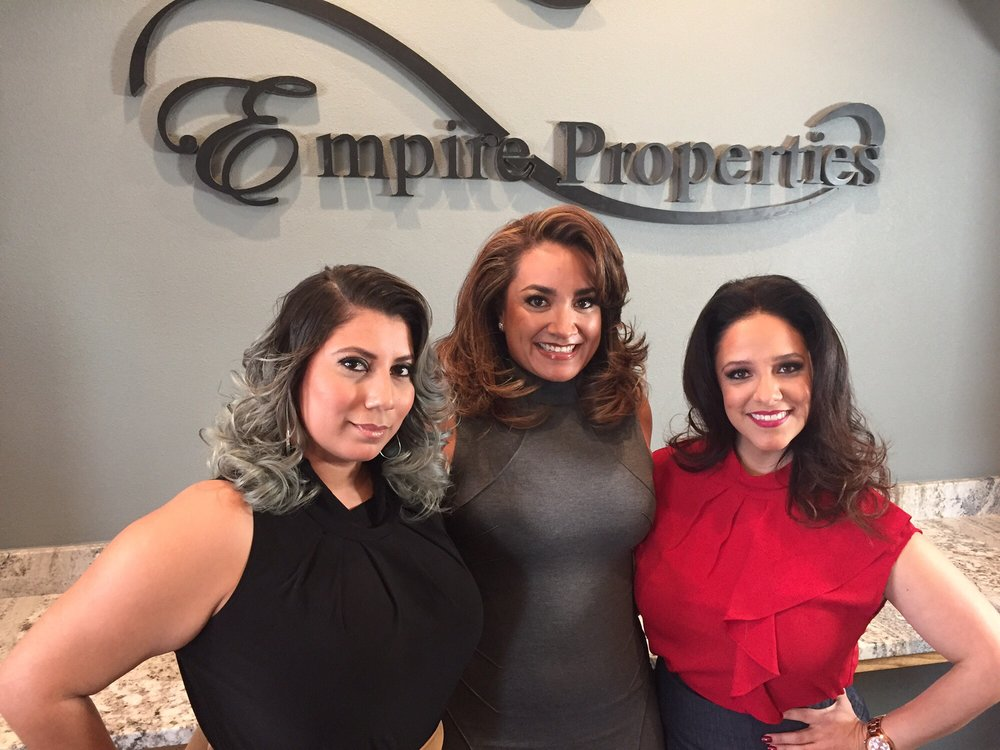 Innovations by Emilio Hair Salon: 3800 N Mesa St, El Paso, TX