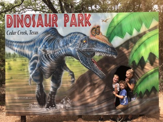 Dinosaur Park 893 Union Chapel Rd Cedar Creek, TX Amusement