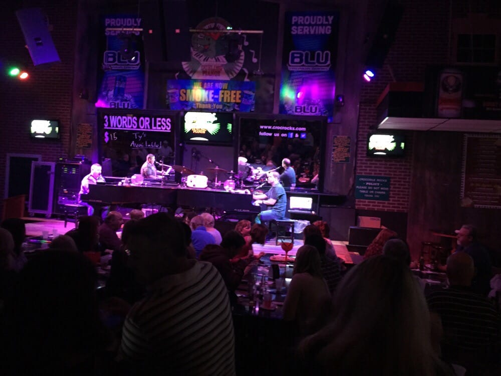 Crocodile Rocks Dueling Piano Bar