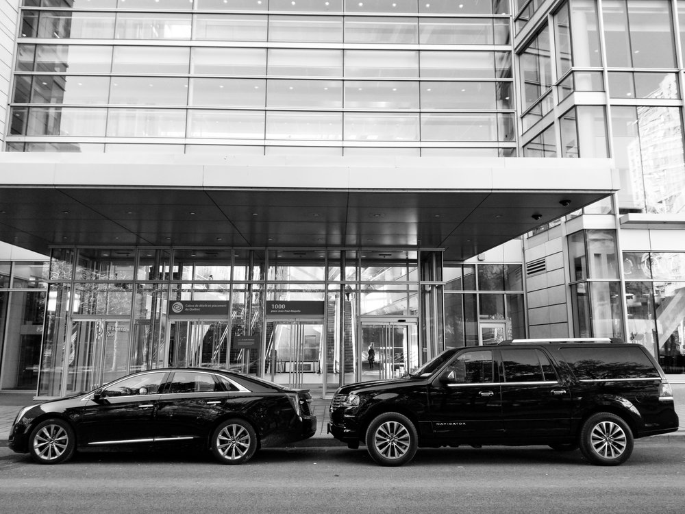 Mimo Limousine Car Service & Private Chauffeurs: Montreal, QC