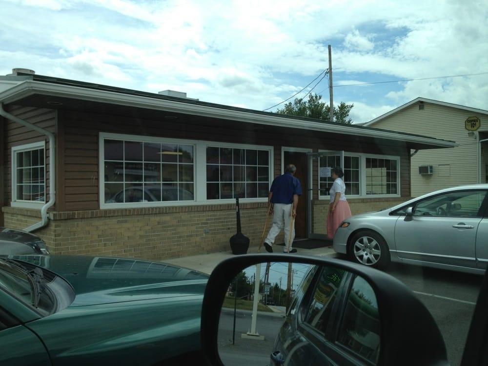 Sunset Restaurant: 415 S Main St, Moorefield, WV