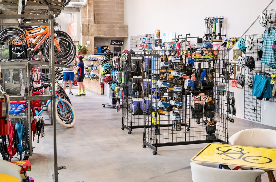 Freehub Bicycles - Downtown: 250 Riverplace, Greenville, SC