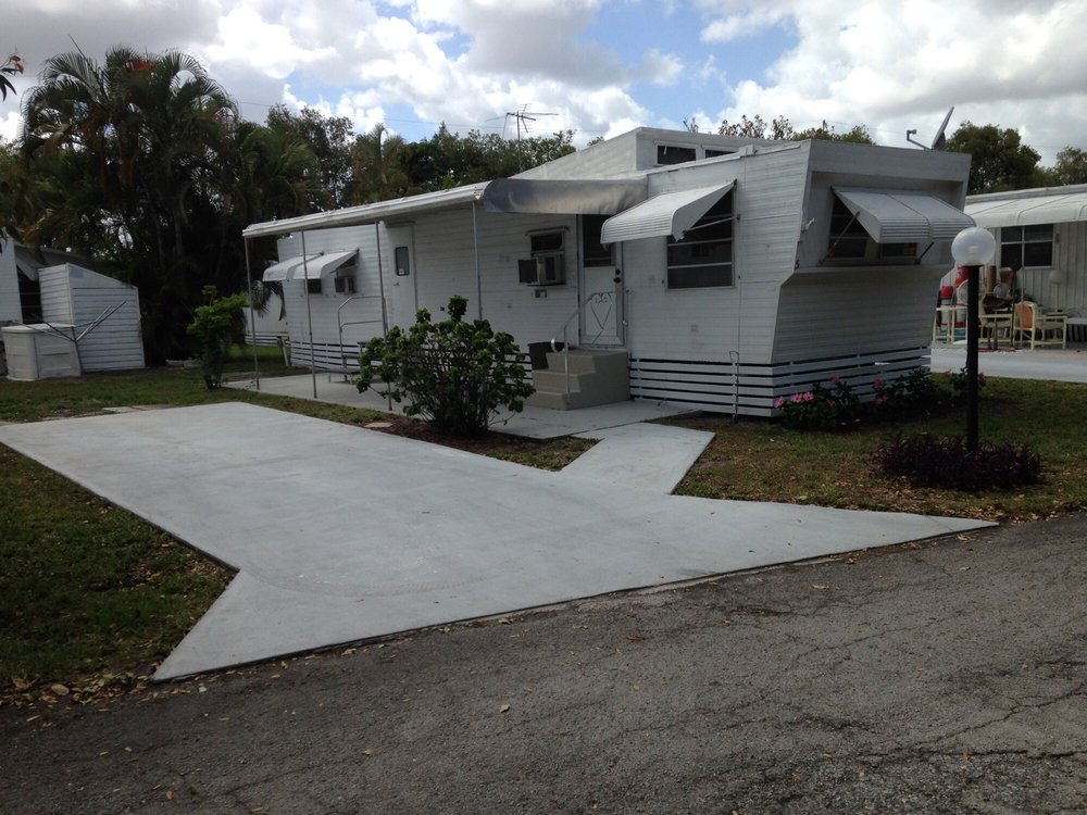 Ramblewood Mobile Home Park: 2714 10th Ave N, Lake Worth, FL