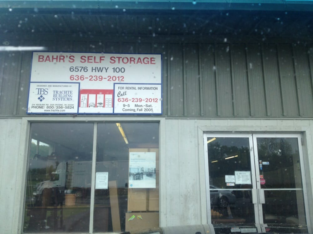 Bahr's Furniture: 6576 Highway 100, Washington, MO