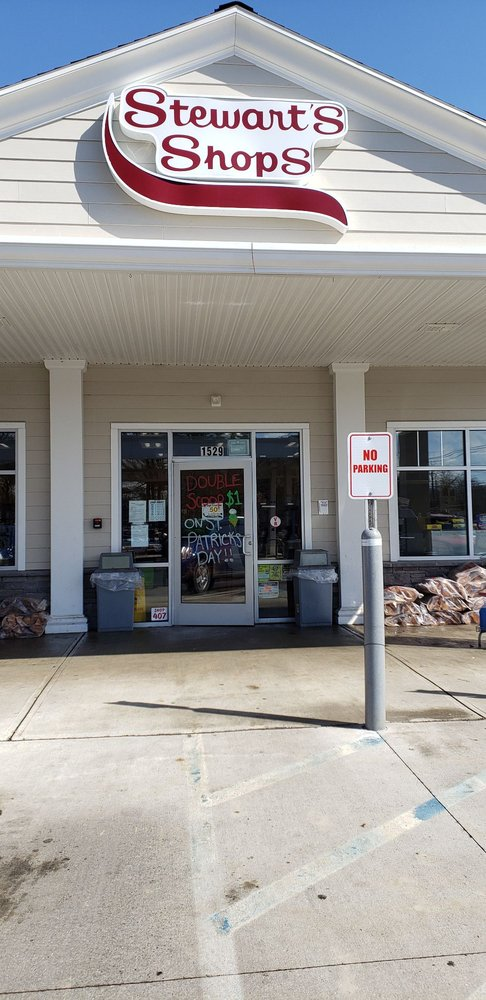 Stewart's Shops: 1529 Crescent Rd, Clifton Park, NY