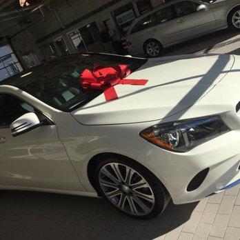 Mercedes benz of north haven 19 reviews car dealers for Mercedes benz of north haven