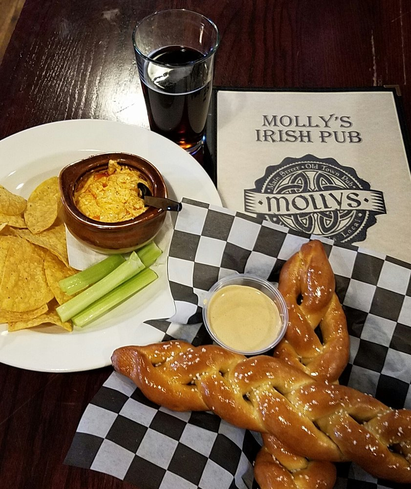 Molly's Irish Pub: 36 Main St, Warrenton, VA