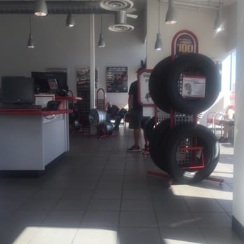 Discount Tire 16 Photos 90 Reviews Tires 7450 S Virginia St