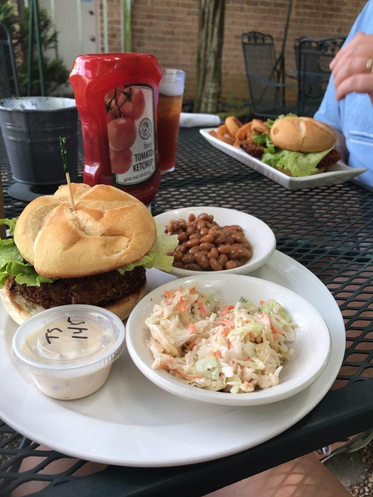 Lovingston Cafe: 165 Front St, Lovingston, VA