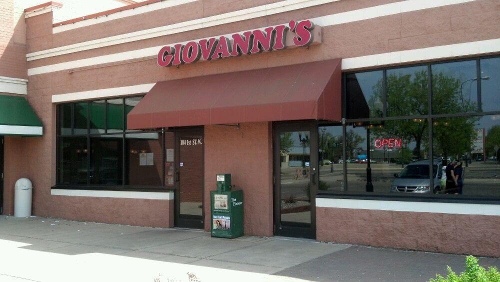 Giovanni's Pizza: 104 1st St W, Bemidji, MN