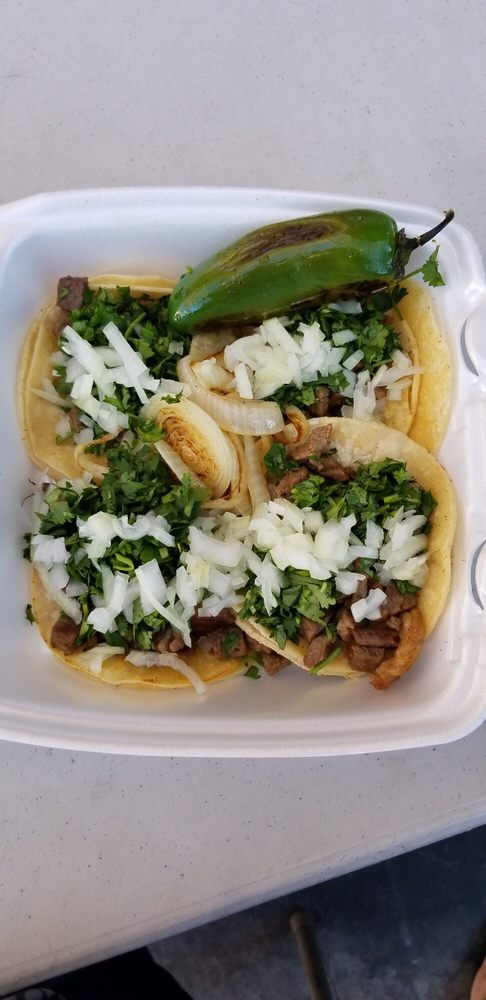 Queen Tacos: 3130 N Rainbow Blvd, Las Vegas, NV